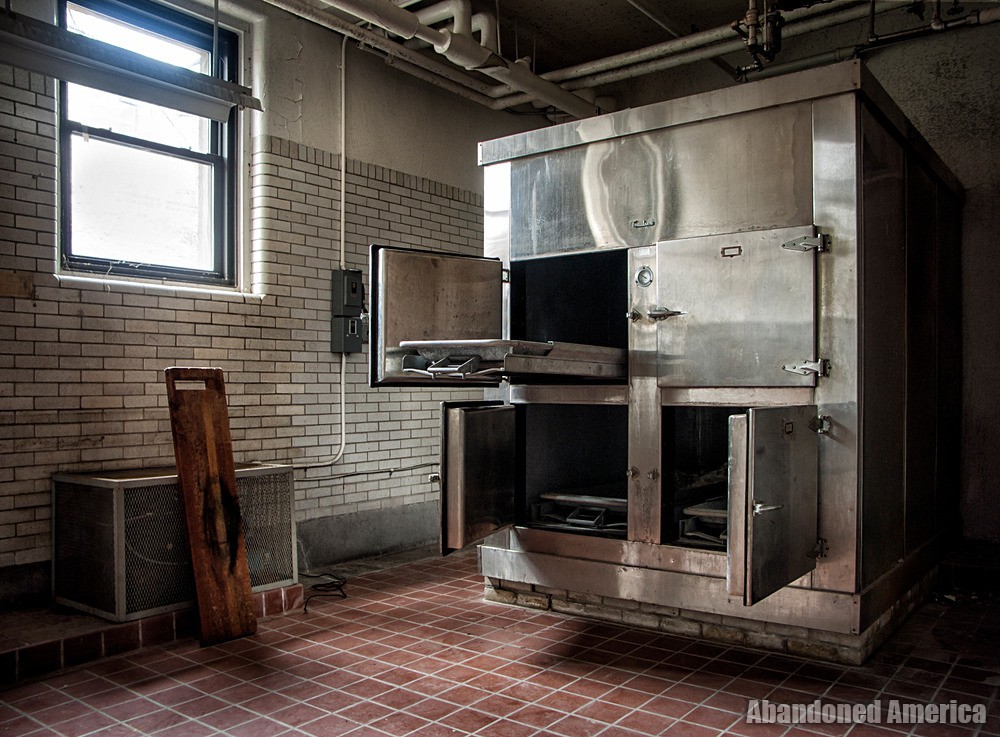 Overbrook Asylum (Cedar Grove, NJ) | Morgue - The Essex County Hospital Center