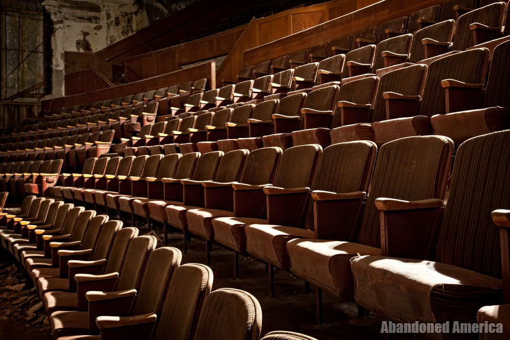 Victory Theatre (Holyoke MA) | Seating Arc - The Victory Theatre