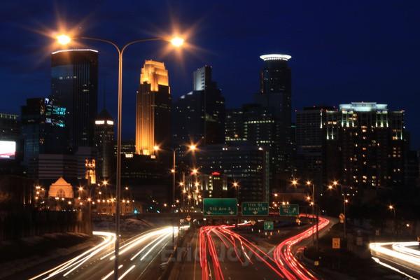 Minneapolis skyline 6 - Minneapolis, Minnesota