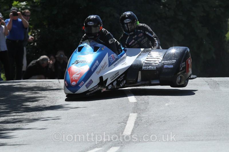 IMG_2282 - Sidecar Race 2 - TT 2013