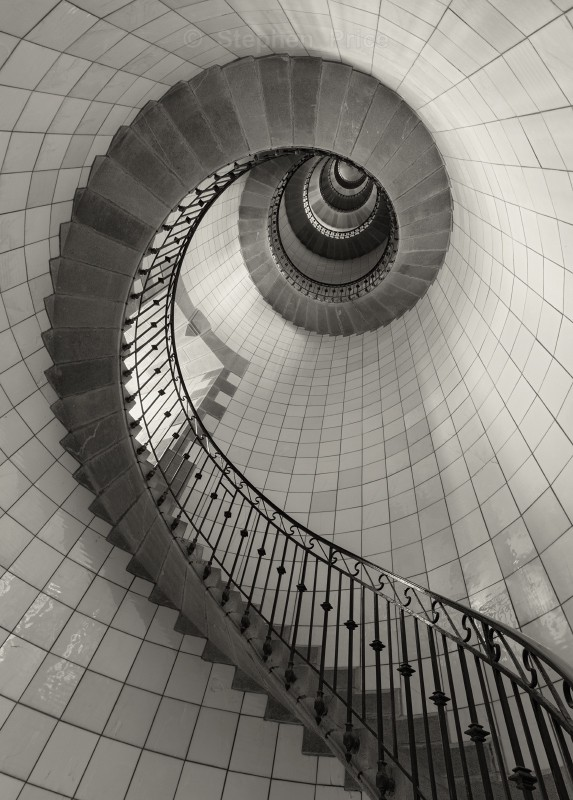 Eckmuhl Lighthouse Brittny | Spiral Staircase Photo