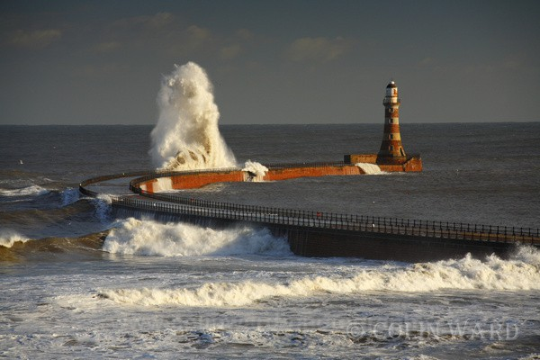 Rough Sea at Roker Pier, Sunderland. Ref 9732 - Tyne and Wear