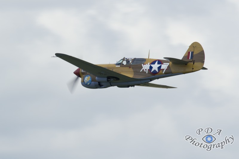 40 P-40F Warhawk