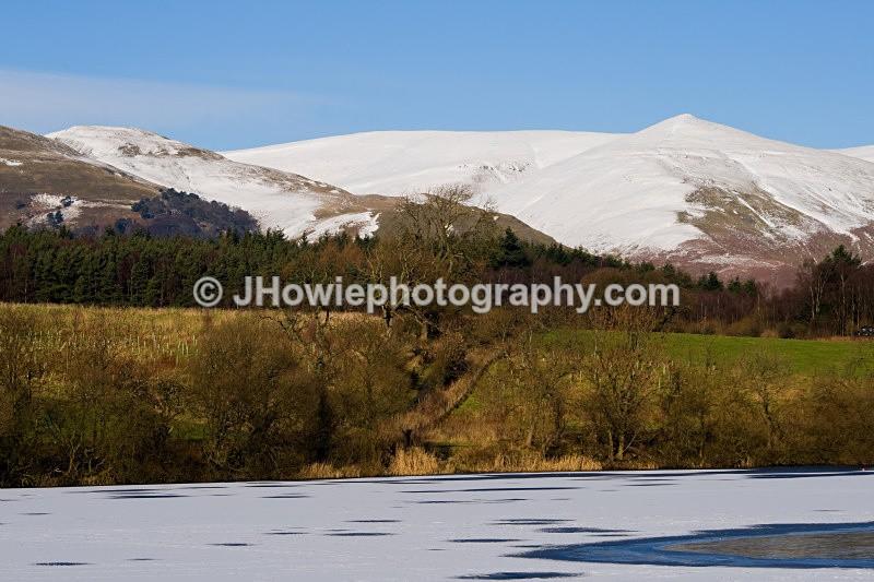 gartmorn dam & ochill hills - clackmannanshire