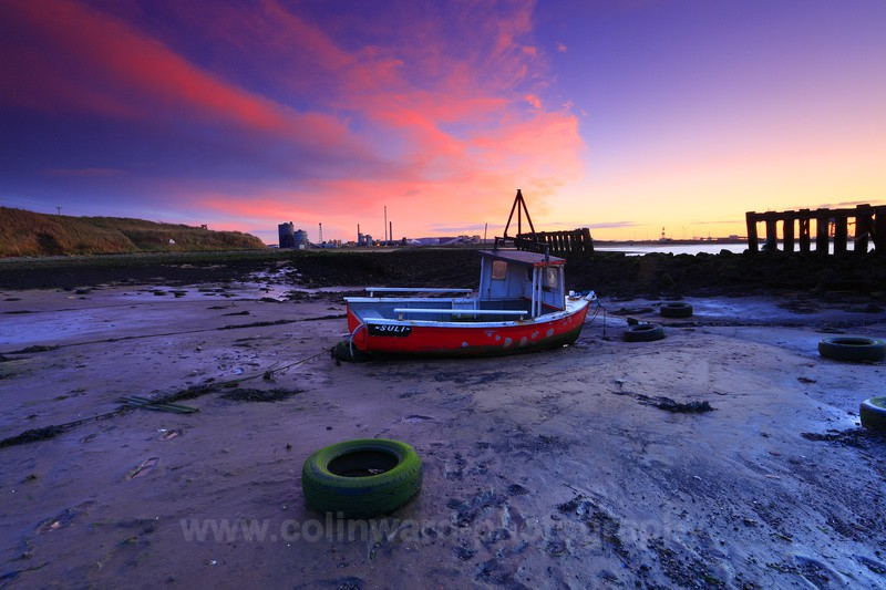 Lone Boat at Sunset, South Gare, Redcar.         ref 1557 - Latest images