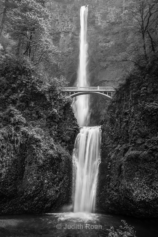 Multnomah Falls - Pacific Northwest