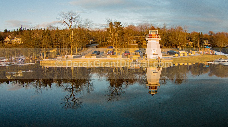 Renforth Lighthouse Reflections - Rothesay