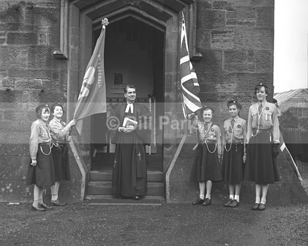 Larkhall Guides 1958 No 4 - Archive.