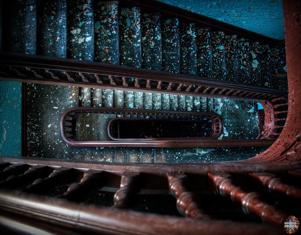 my downward spiral - Algonquin River State Hospital*