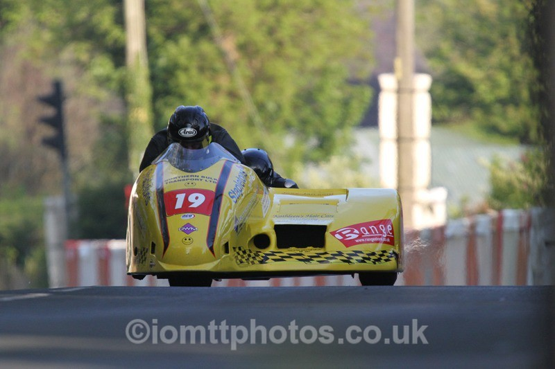 IMG_5496 - Thursday Practice - TT 2013 Side Car