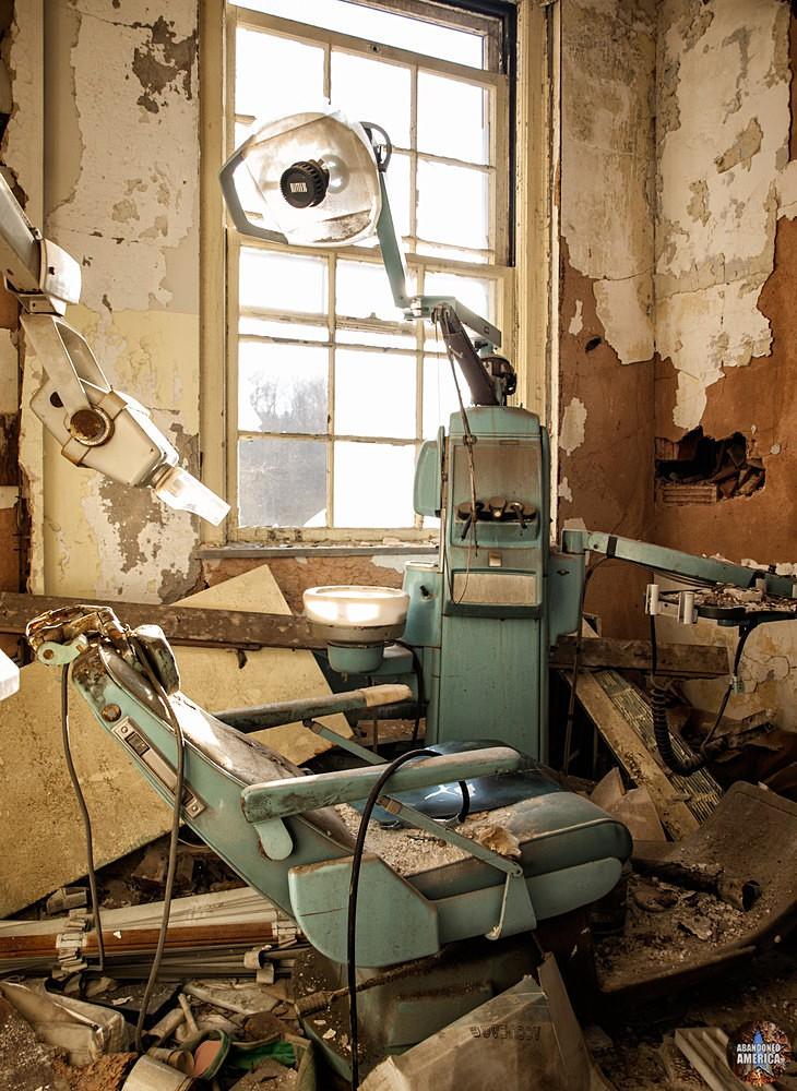 Forest Haven (Laurel, MD) | Dental Exam Room - Forest Haven