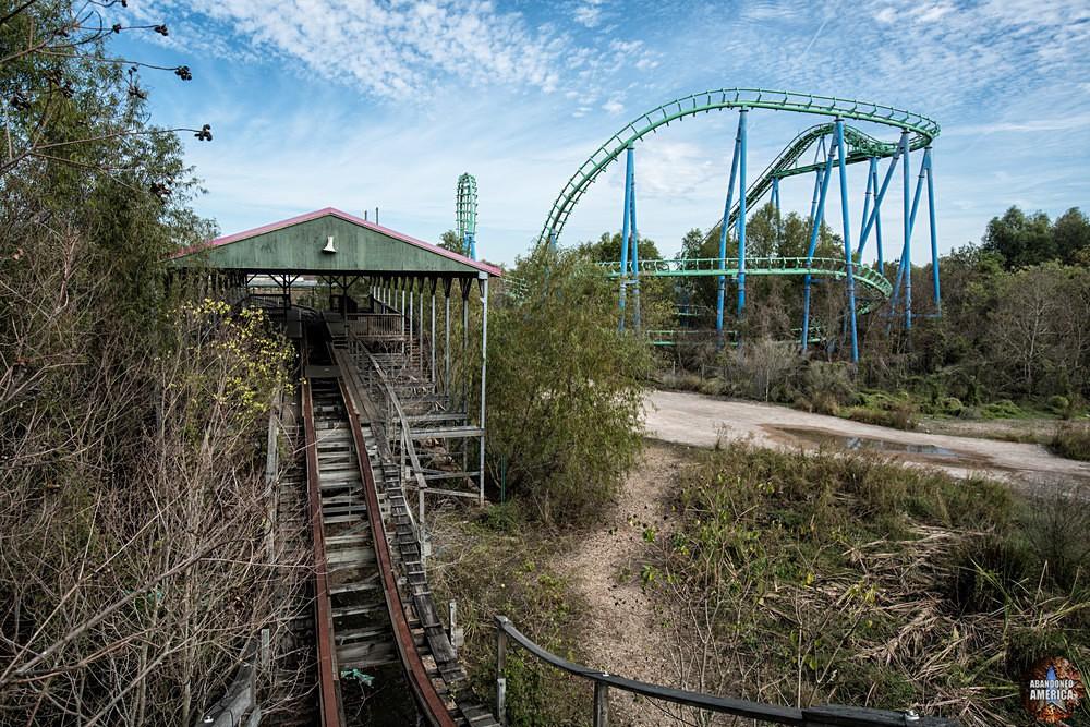 Six Flags (New Orleans, LA) | Hike Up the Mega Zeph - Six Flags New Orleans