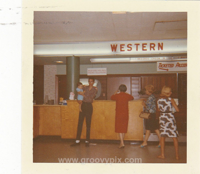 1965 Airport - On Vacation