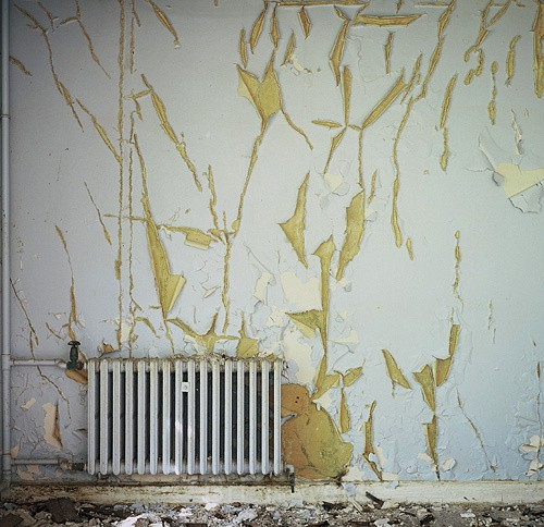 Radiator with distressed paintwork - Miscellaneous Gallery