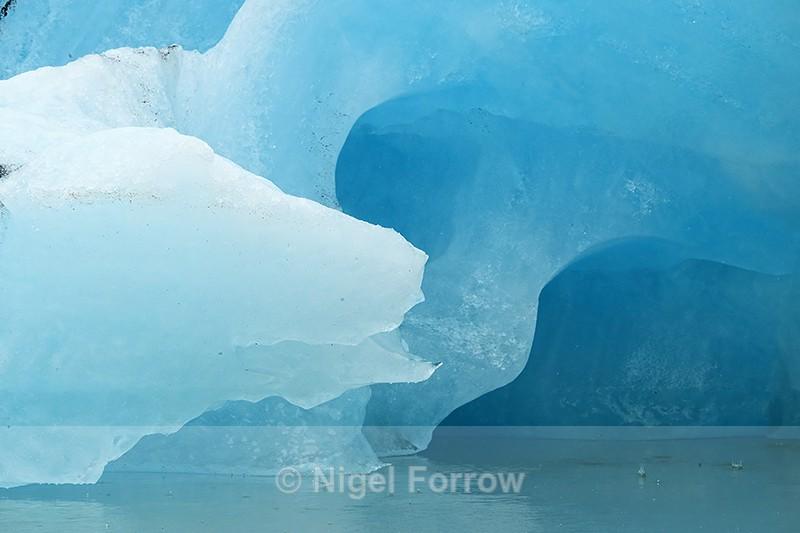 Blue iceberg at Jokulsarlon, Iceland - Iceland