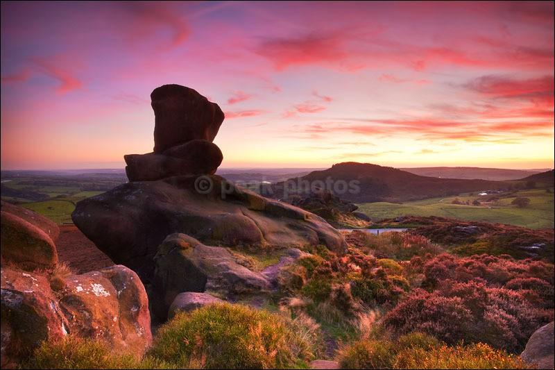 Ramshaw Rocks Red - Peak District | Dark Peak