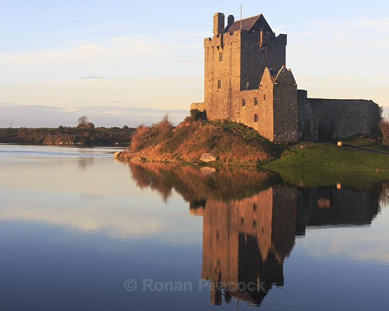 Dun Guaire castle at dusk - West of Ireland