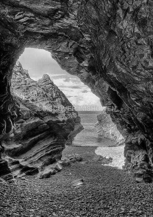 Sea Arch - Inishowen peninsula- B&W