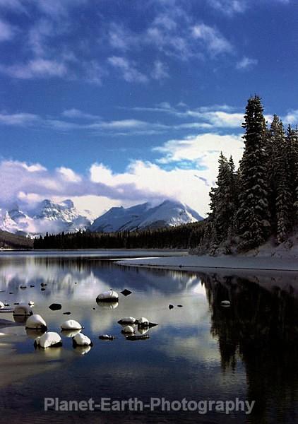 Medicine Lake Jasper - Alaska & Canada