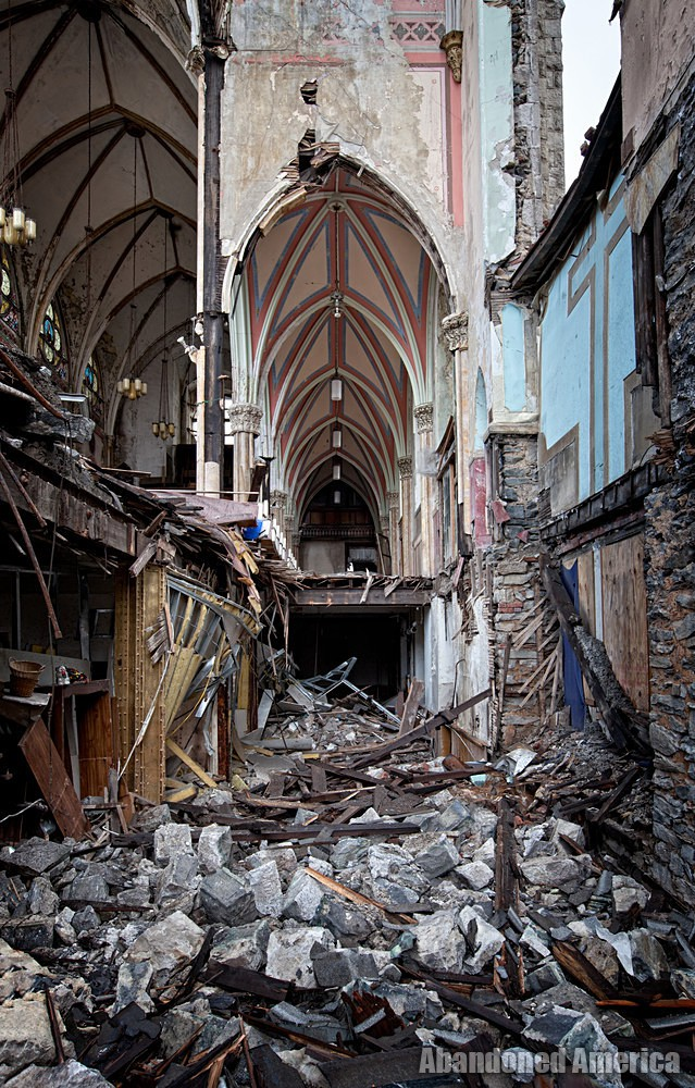 St Bonaventure Church (Philadelphia, PA) | Torn Asunder - St. Bonaventure Roman Catholic Church