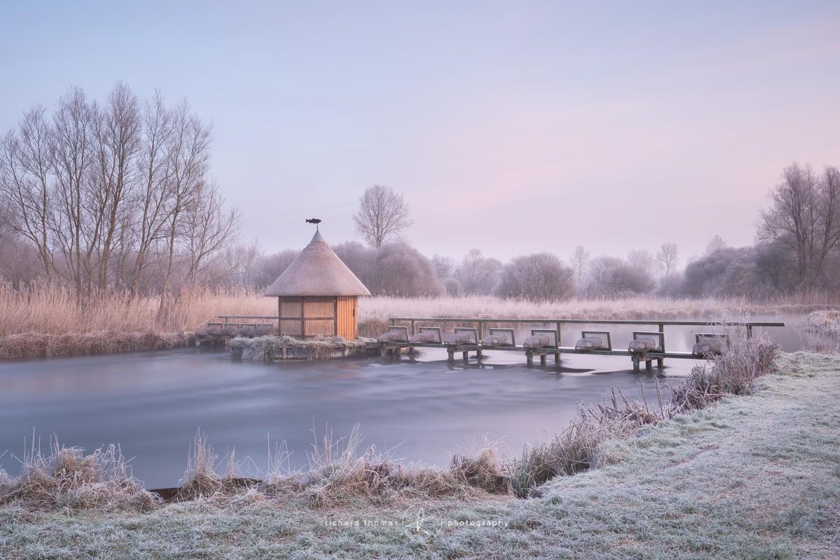 Frosty Fishermans hut. - WINTER