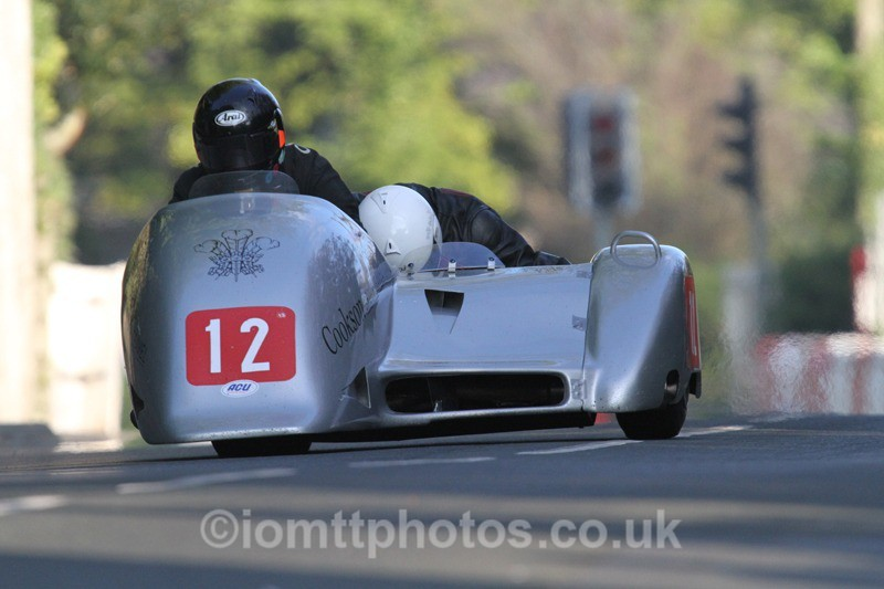 IMG_5457 - Thursday Practice - TT 2013 Side Car