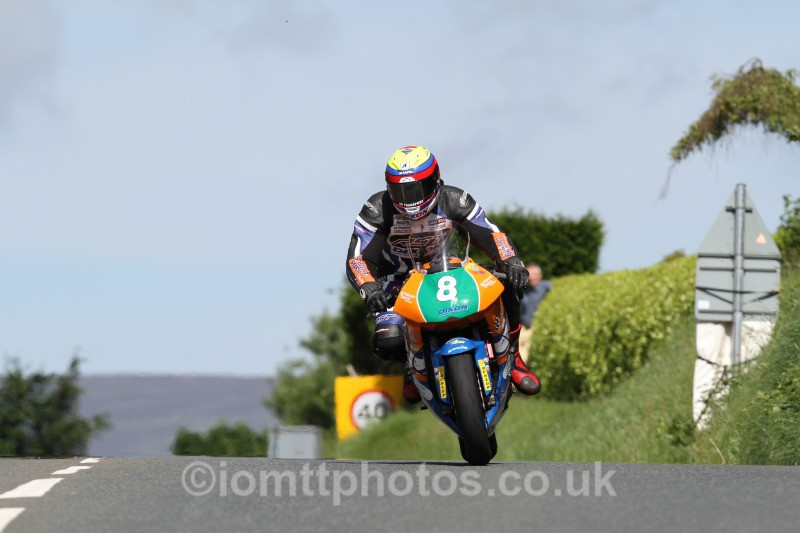 Jamie Hamilton Kawasaki / Stewart Smith Racing. - Bikenation Lightweight TT