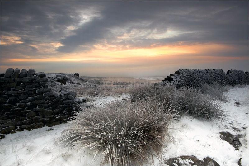 Snow on White Edge - Peak District Winter