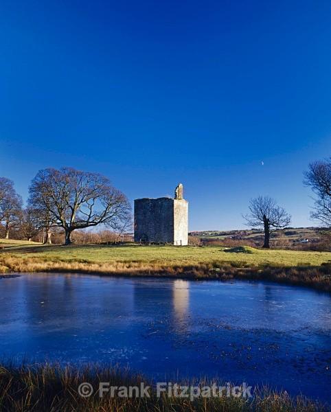 Barr castle, Lochwinnoch. - Scotlands Castles