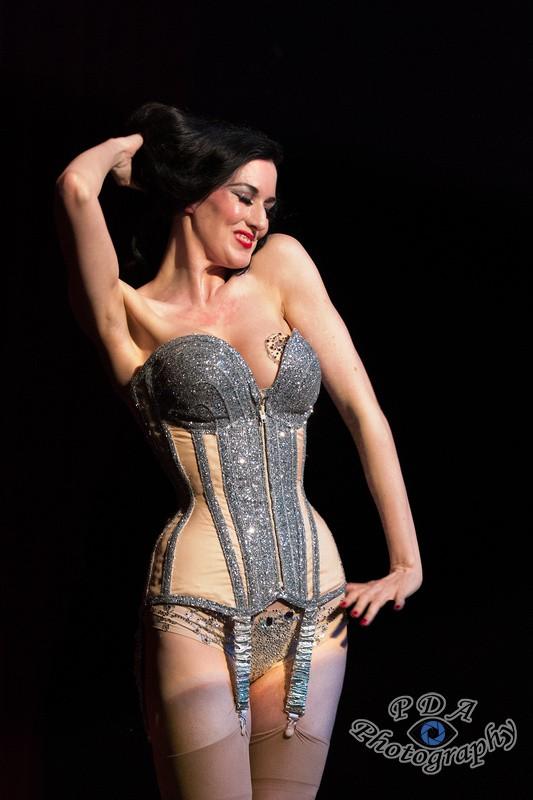 10 Carrie-Ann O'Dell, Burlesque