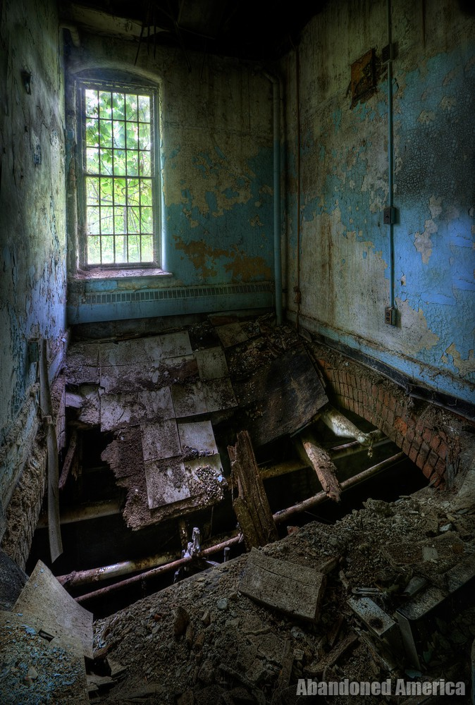 nowhere to be found - Darbyville State Hospital*