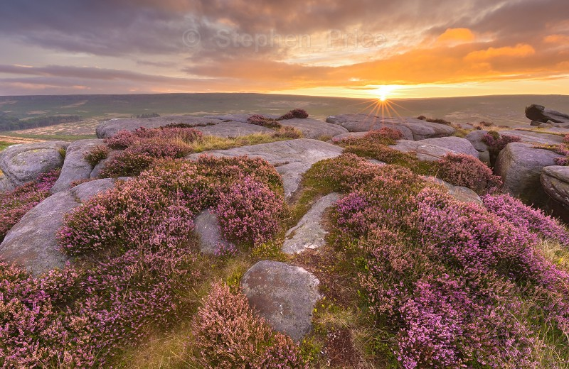 Carl Wark Autumn Sunrise | Peak District Heather
