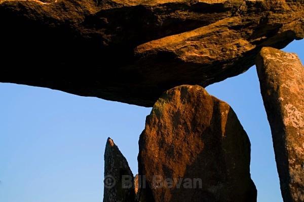 Pentre Ifan - Pembrokeshire - Walk Into Prehistory