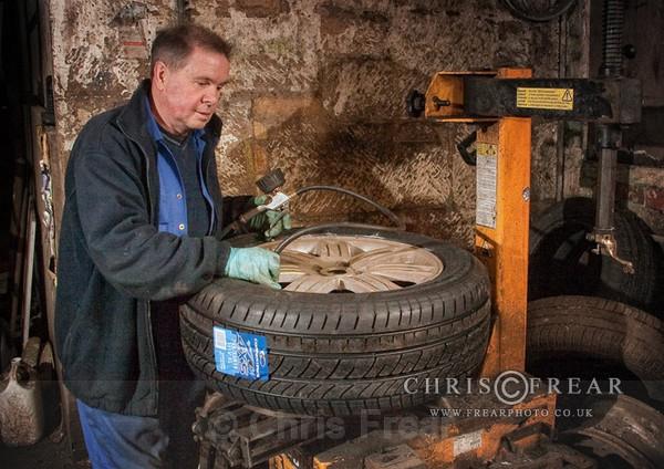 tyreshop04 - Worlds Smallest Tyreshop
