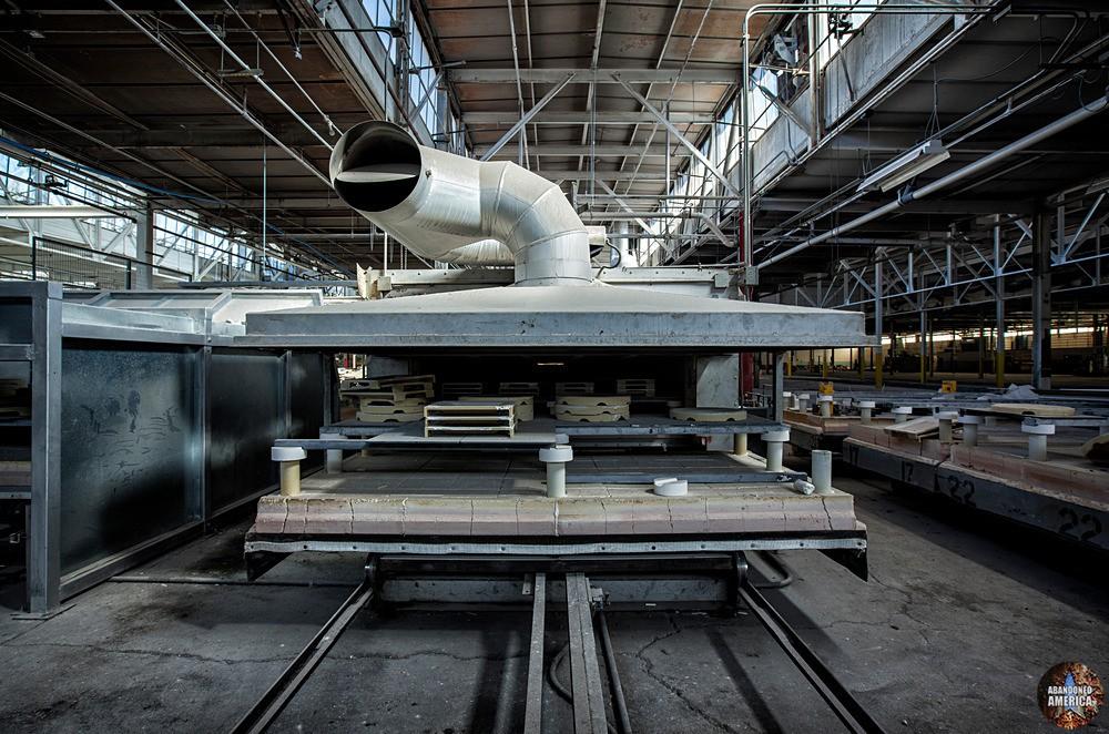 Syracuse China (Syracuse, NY)   Industrial Hippo - Syracuse China
