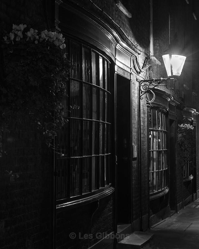 windows - London