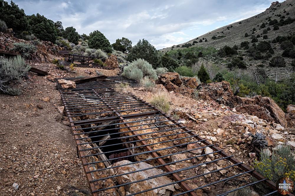 Chemung Mine (Masonic, CA)   Mine Entrance - Chemung Mine