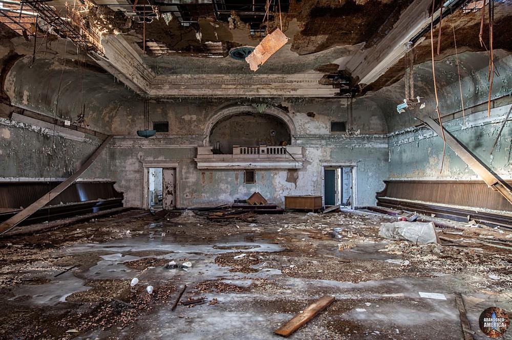 Newburgh Masonic Temple (Cleveland, OH)   Frigid Ballroom - The Newburgh Masonic Temple