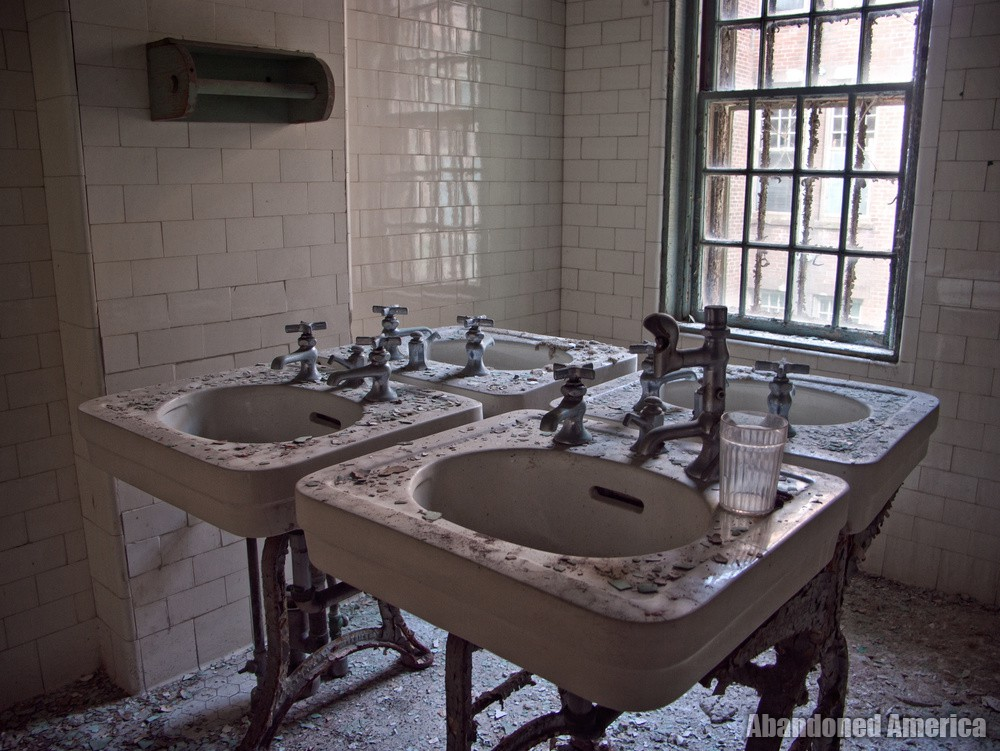 Patient sinks, Taunton State Hospital