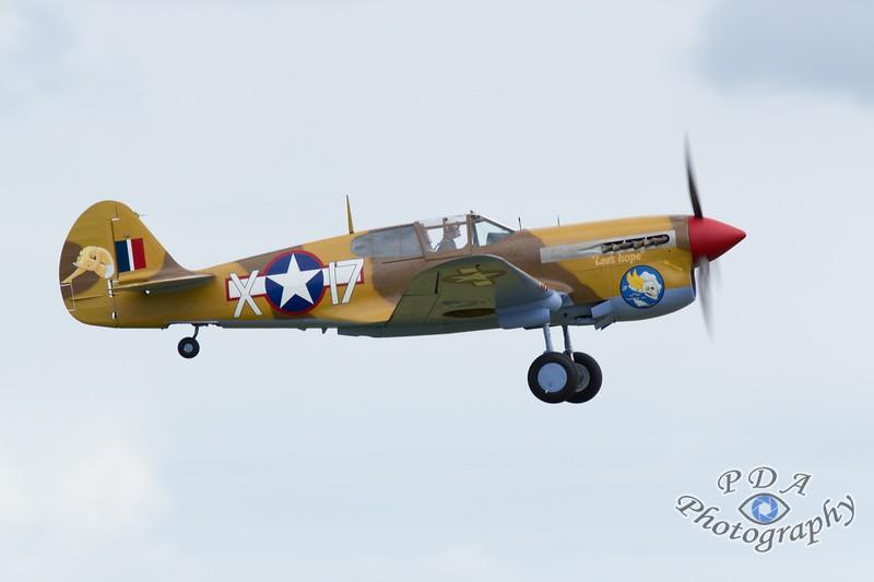 24 Curtiss P-40F