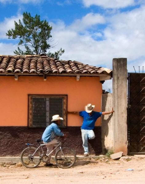Honduran Cross - Travel