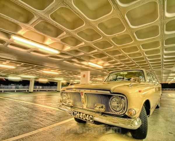 1965 Zephyr - AUTOMOBILES