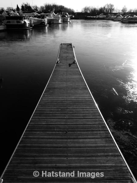 Penton Hook Marina - places