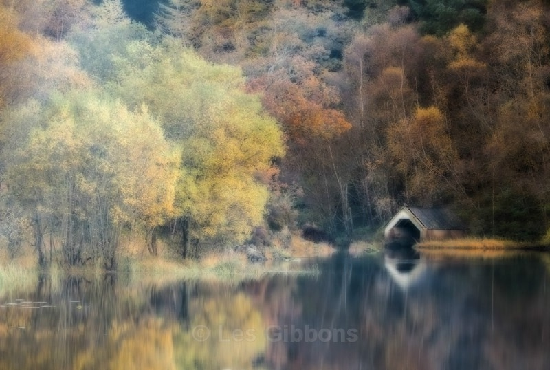 boat shed - Stirling and the Trossachs