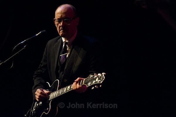 Andy Fairweather Low - Concert