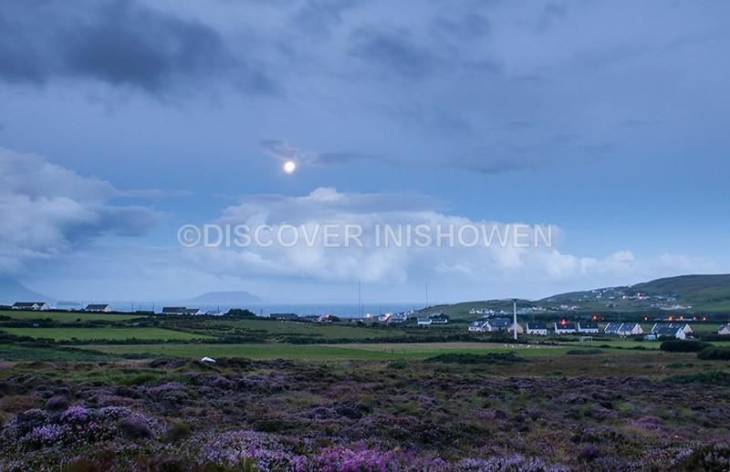 Full moon , Malin Head - Nature