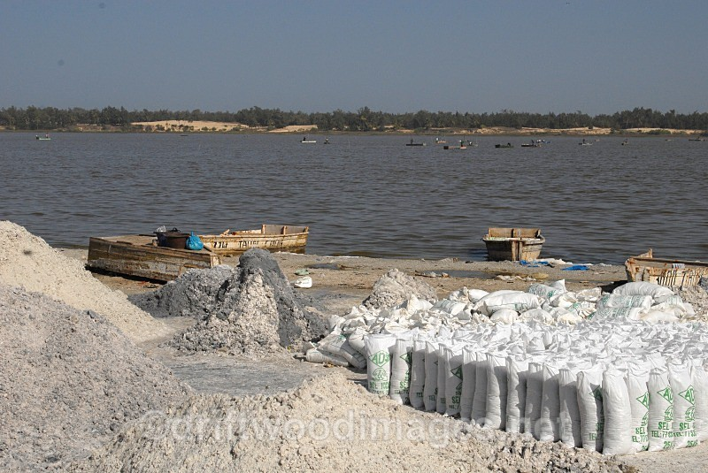 Senegal Lac Rose salt production 16 - Salt Production in Senegal
