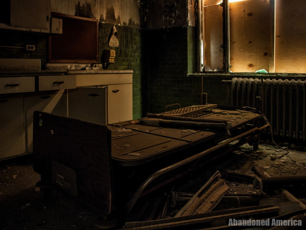 Sydenham/Montebello Hospital (Baltimore, MD)   Lost in Shadows - Sydenham/Montebello Hospital