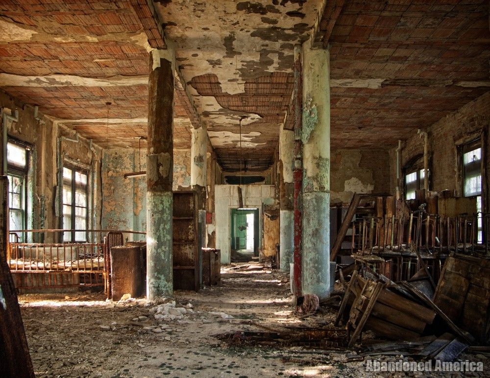 In the Silence of My Crumbling Home: Pennhurst State School and Hospital