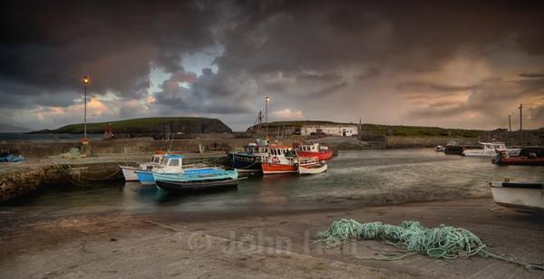 Dramatic Stormlight, Achill Island. - Low Light Gallery